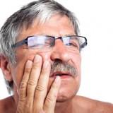 Bocca storta: uno dei sintomi dell'ictus